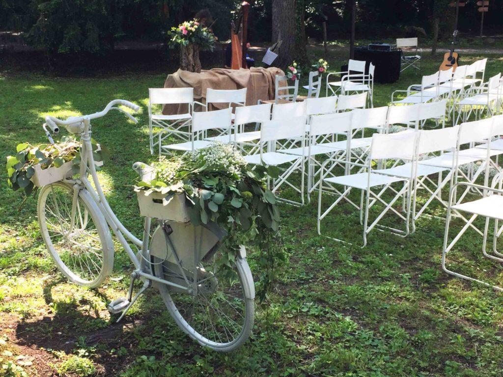 Matrimonio In Comune Come Si Svolge : Rito civile personalizzato matrimoni quot fuori dal comune