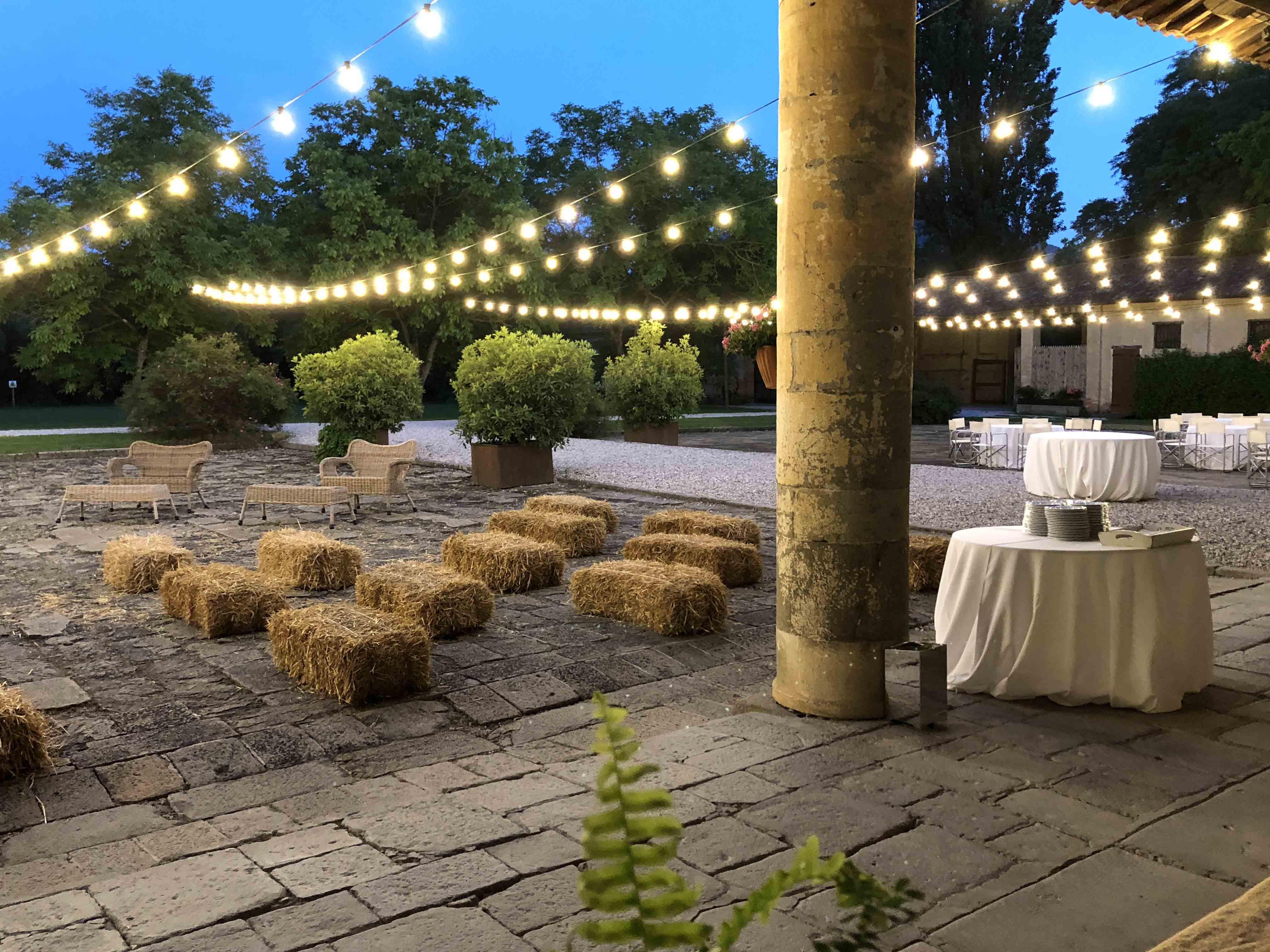 Illuminazione matrimonio luci per eventi e atmosfera romantica