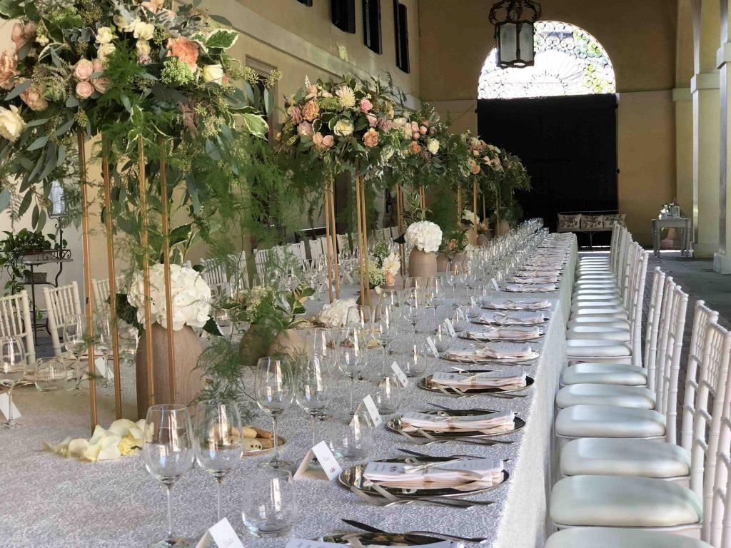Apparecchiare Tavola In Terrazza mise en place: come apparecchiare una tavola di nozze con il