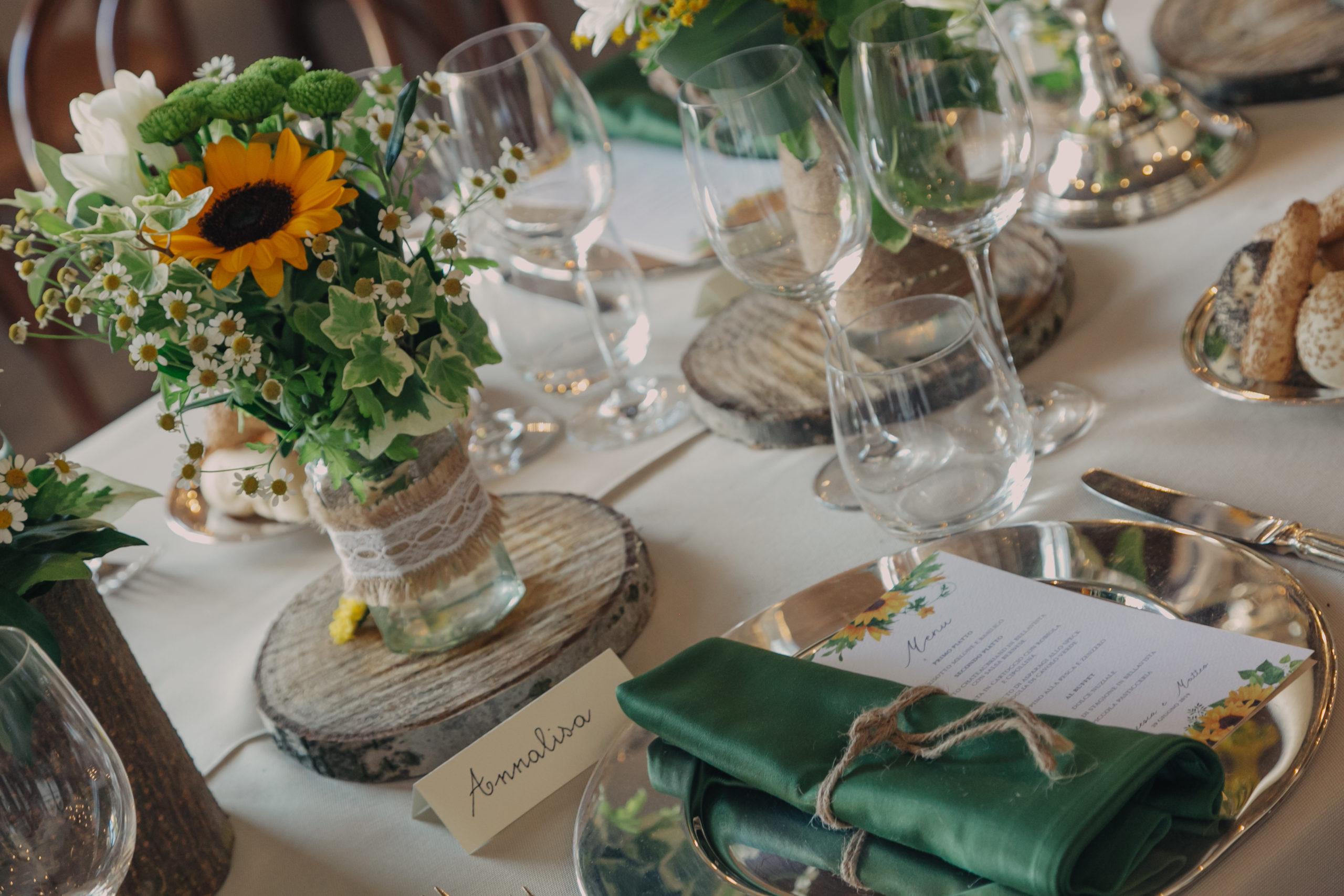 Matrimonio in giallo tavolo